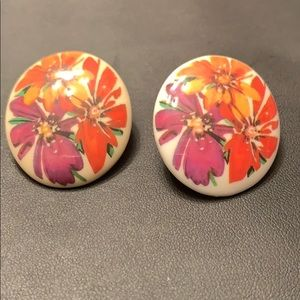 Vintage Hand Painted Cabochon Flower Earrings☀️
